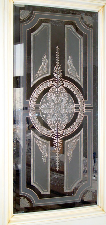 Витражные двери